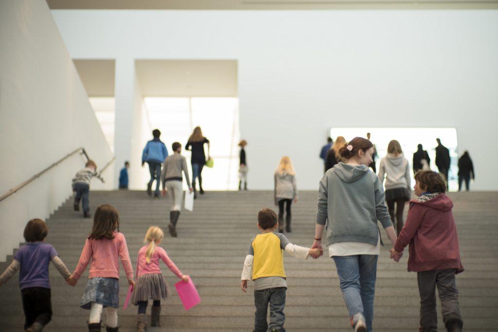 Pinakothekt der Moderne Kinderkunstkurse | München mit Kind