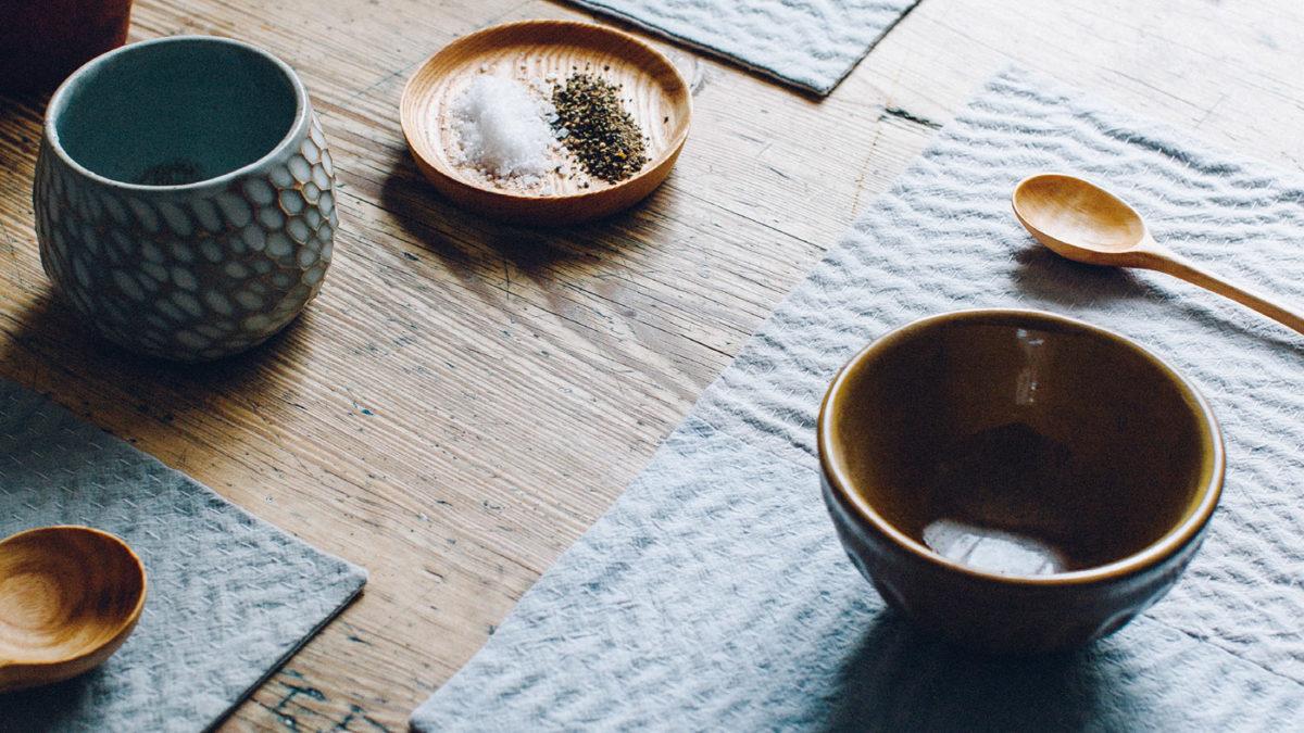 f rben mit lebensmitteln patchwork tischsets mit rotkohl und bohnen. Black Bedroom Furniture Sets. Home Design Ideas