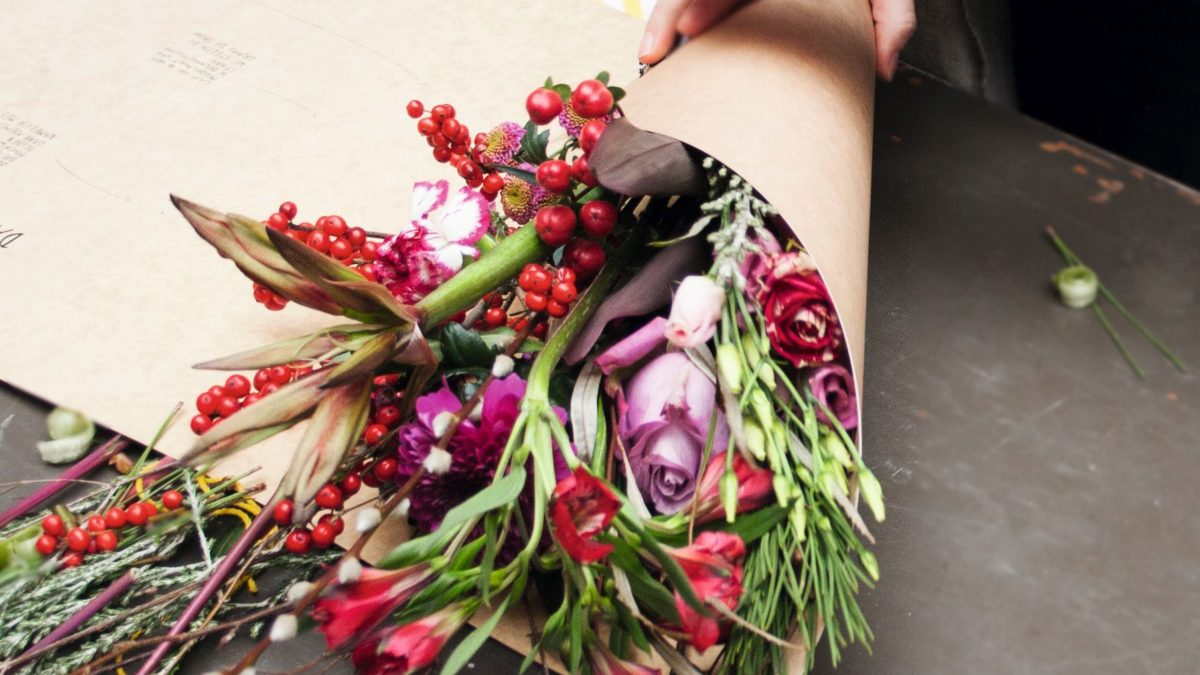 Blumen Selbst Binden Bei Bloomon Munchen Mit Kind