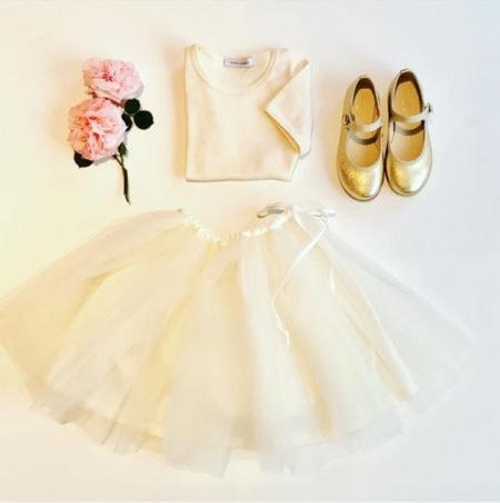 Helles Kleid | Muenchen mit Kind