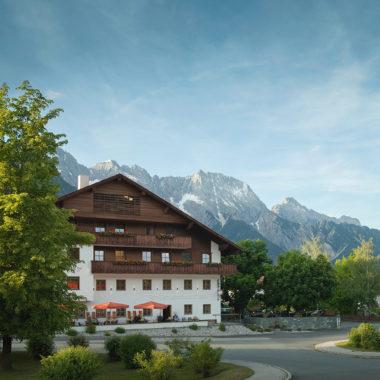 Front Landhotel Stern   München mit Kind