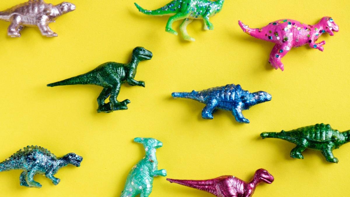 Dinosaurier Figuren Skelett // Muenchen mit Kind
