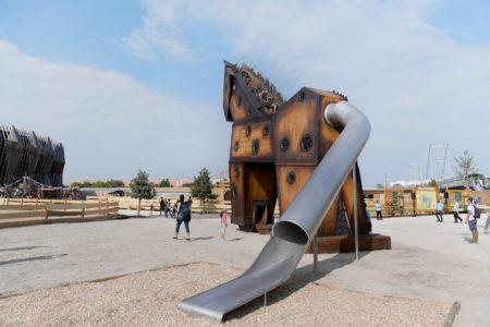 Außenbereich_Trojanisches im EQUILALAND // München mit Kind