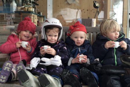 Skifahren mit Kindern in Österreich: Verschnaufpause // HIMBEER