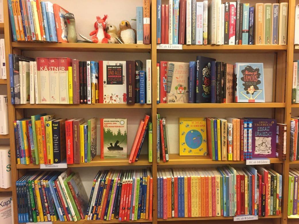 Horne, Buchhandlung, liebste Buchläden, Kinderzimmer, Bücherrecke, Regal // München mit Kind