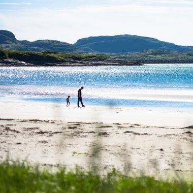 Familien-Reisetipp von Good Travel: Norwegen mit Kindern: Adventure Camp Stokkøya Sjøsenter // HIMBEER