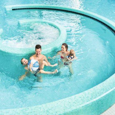 Freisinger Erlebnis Schwimmbad fresh // HIMBEER