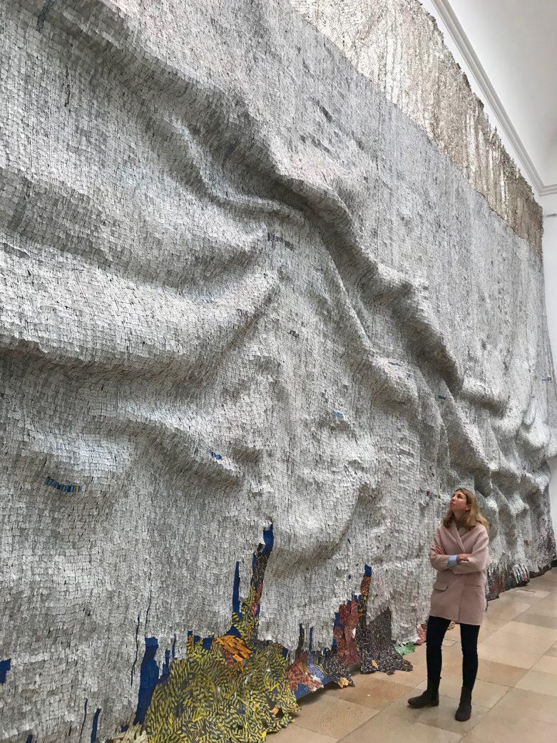 Große Kunst von El Anatsui // HIMBEER