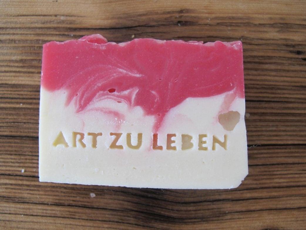 Made in Munich Muenchner Waschkultur Seife lokale Produkte // HIMBEER