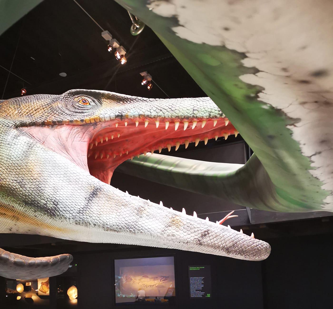 Lokschuppen Rosenheim Dinosaurier // HIMBEER