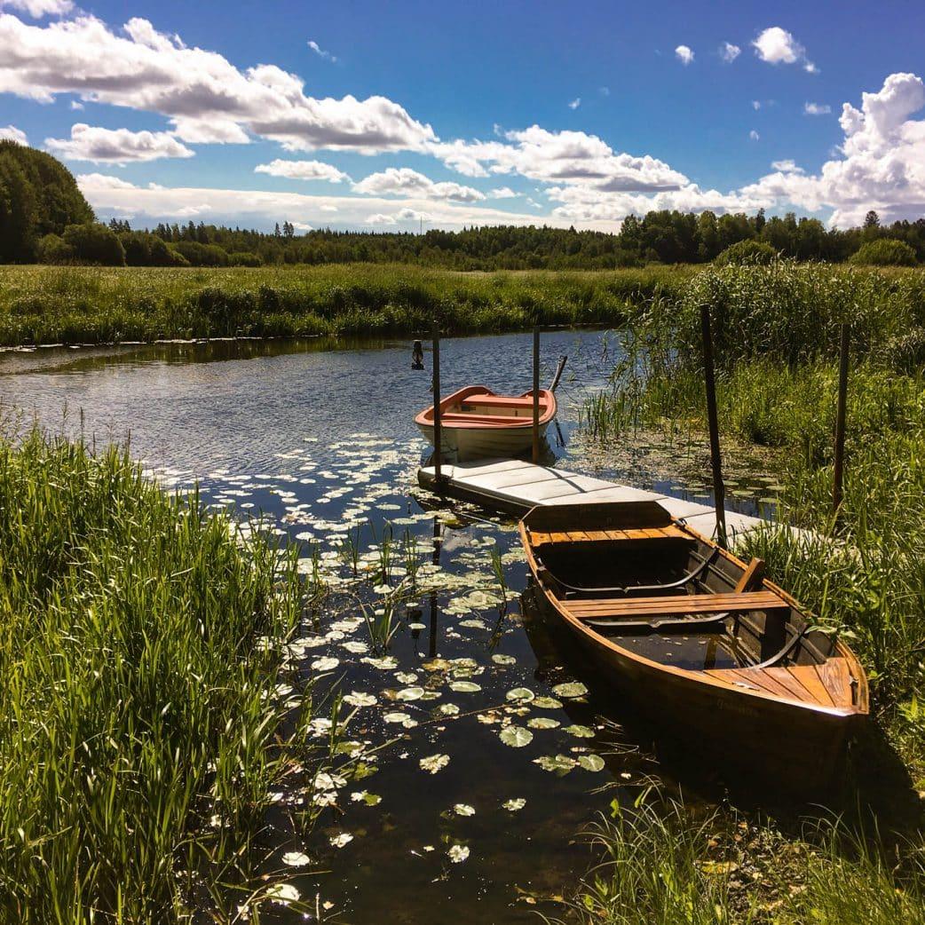 Urlaub mit Kindern in Schweden: Paddeln auf den Seen // HIMBEER