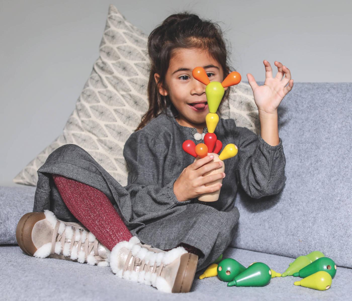Gute Spielsachen für Kinder – Design-Spielzeug: Balancing Cactus von Plan Toys // HIMBEER