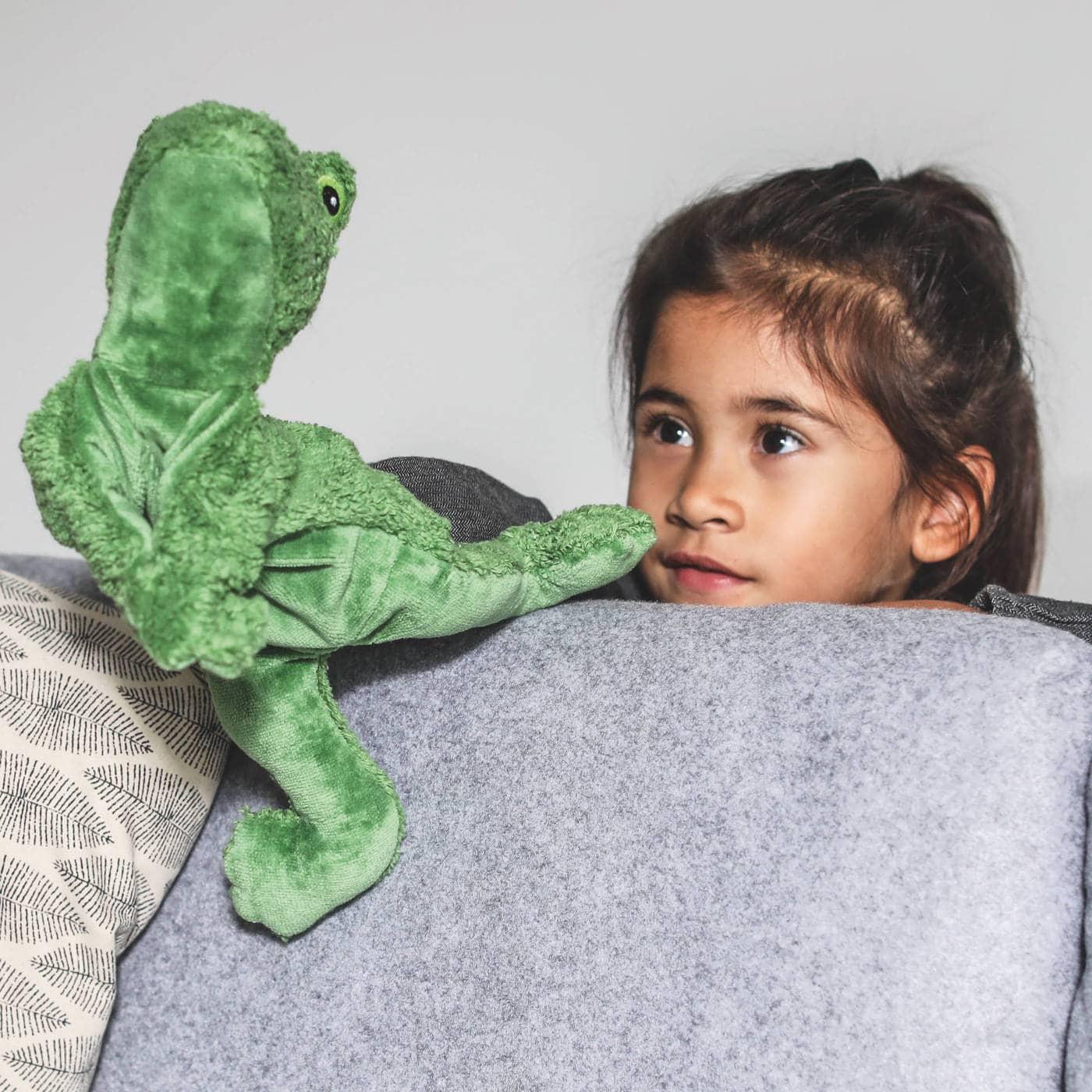 Gutes Spielzeug für Kinder – Design-Spielzeug: Handpuppe Frosch von Senger // HIMBEER