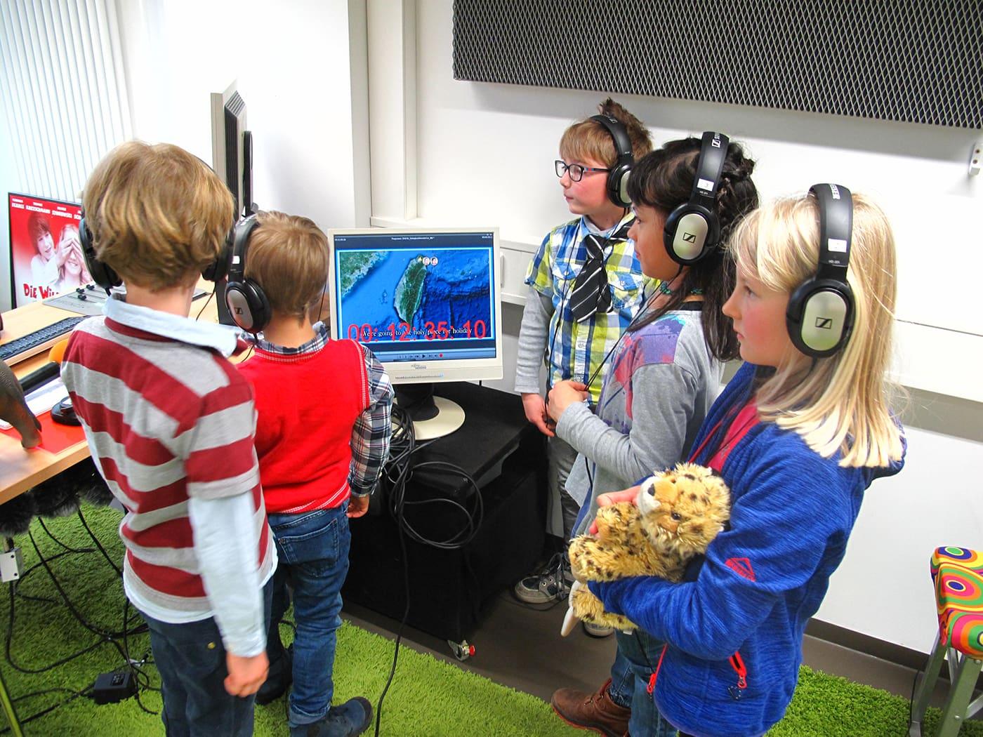 Prix Jeunesse: Kinder beim Voice Over // HIMBEER