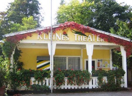 Kleines Theater am Pförtnerhaus Kasperltheater // HIMBEER