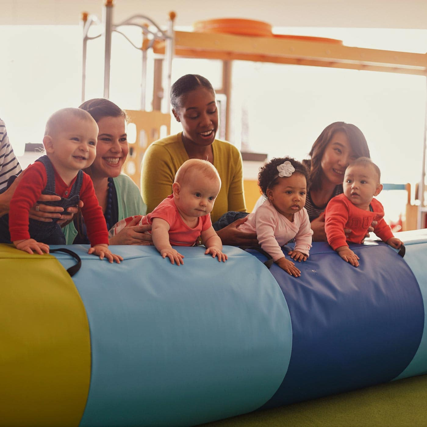 Für Babys und Kleinkinder: Internationaler Familientreffpunkt in München: Gymboree Play & Music München // HIMBEER