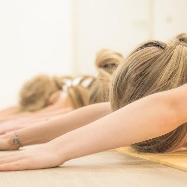 Yoga Kurse für Kids und Teens // HIMBEER