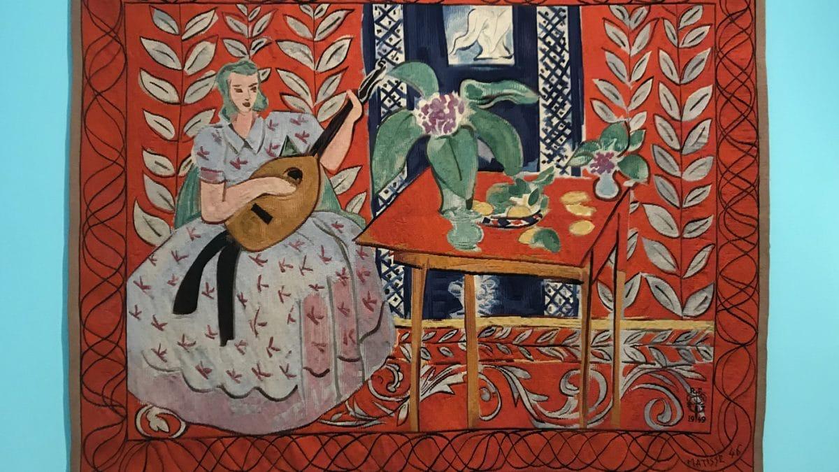"""Tapisserie """"Fäden der Moderne"""", Kunsthalle München, Ausstellungsansicht Henri Matisse, Die Lautenspielerin // HIMBEER"""