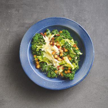 Rezept: Caeser Salad mit Kohl // HIMBEER