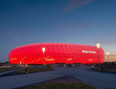 Familienangebote in der FC Bayern Erlebniswelt und der Allianz Arena // HIMBEER