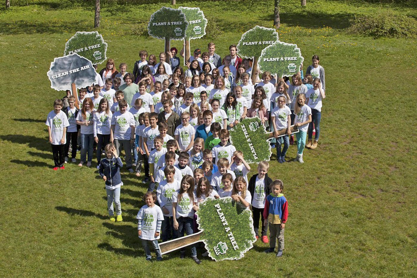 Gruppenbild: Plant-for-the-Planet // HIMBEER