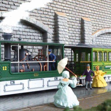Miniaturwelt: Modellbahnclub in Flugwerft München // HIMBEER