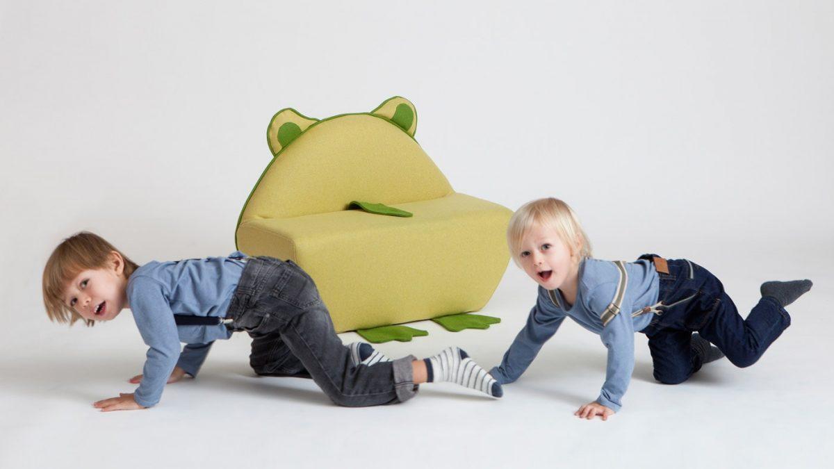 Drinnen mit Kleinkindern: Play at home – Kreative Spielideen // HIMBEER