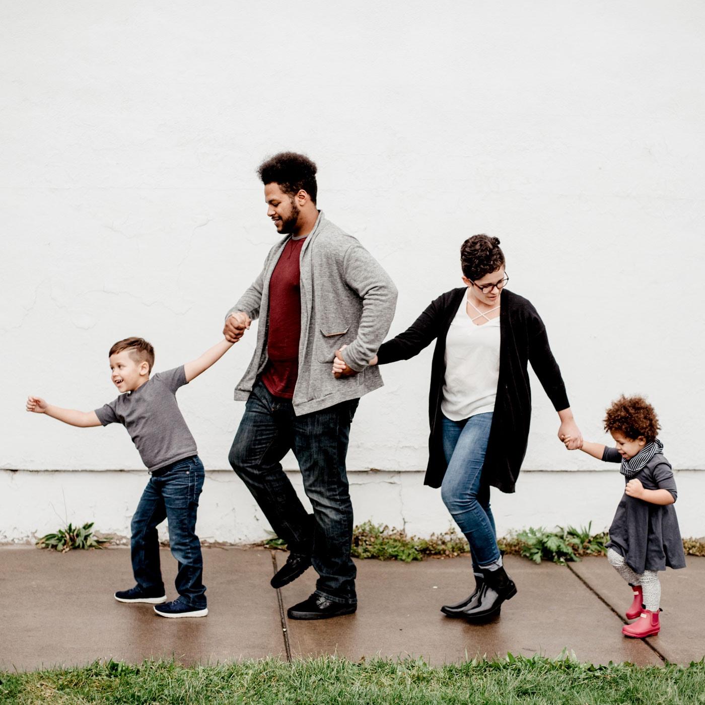 Vatertag mit Kindern feiern: Familie ist Teamwork // HIMBEER