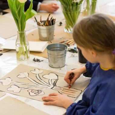 Kreative Angebote und Kinderkurse im Kinderkunsthaus in München // HIMBEER