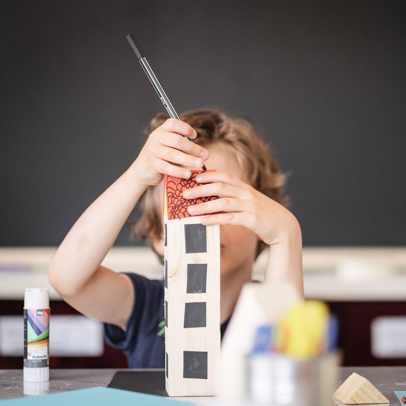 Kreative AngeboteKreative Angebote und Kinderkurse im Kinderkunsthaus in München // HIMBEER und Kurse für Kinder im Kinderkunsthaus in München // HIMBEER