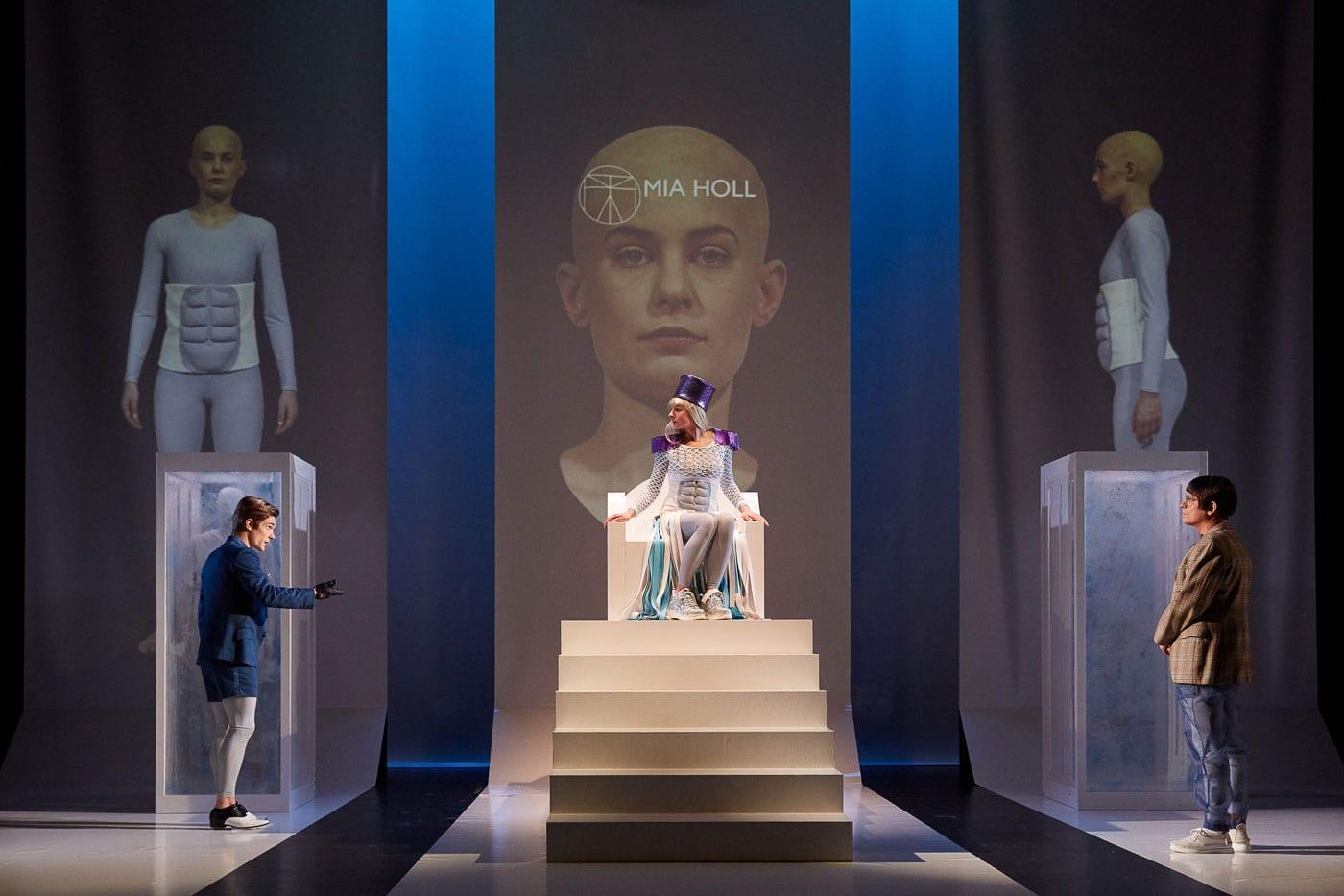 Jugendtheater in der Schauburg: Corpus delicti // HIMBEER