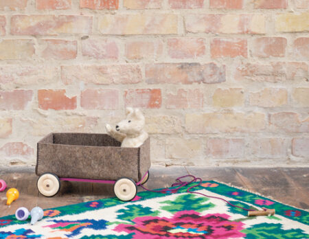 Spielmobil aus Filz für kleine Kinder selber bauen // HIMBEER