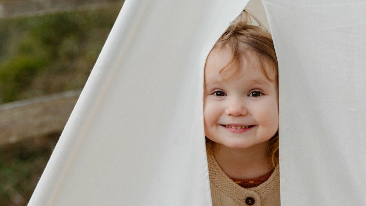 Sommerwochenende mit Kindern: Zelten im Garten // HIMBEER