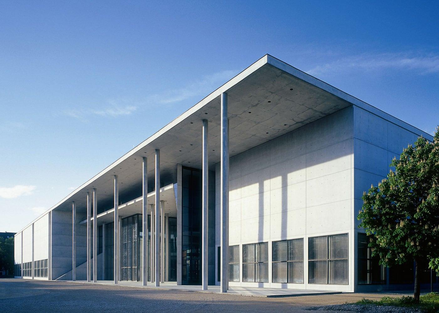 Kultur für Kinde rin München_ Pinakothek der Moderne // HIMBEER