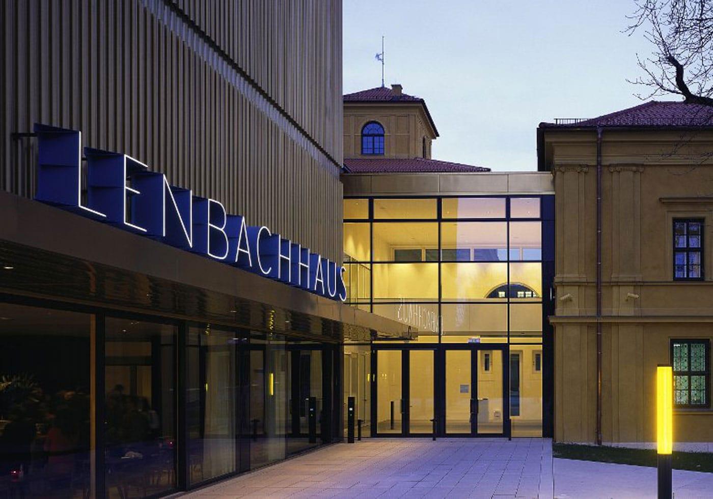 Was kann man an Wochenende unternehmen? Tipps für Familien in München, Kunst mit Kindern besichtigen: Lenbachhaus // HIMBEER