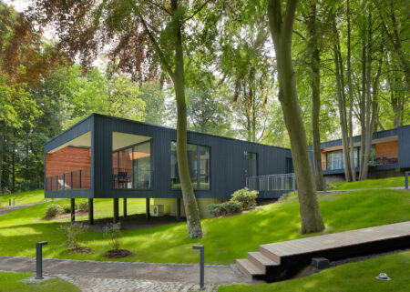 Familienfreundliche Ferienhäuser an der Ostsee: die Ostseelodges // HIMBEER