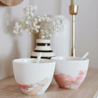 Geschenkidee für Weihnachten: Porzellan marmorieren // HIMEER