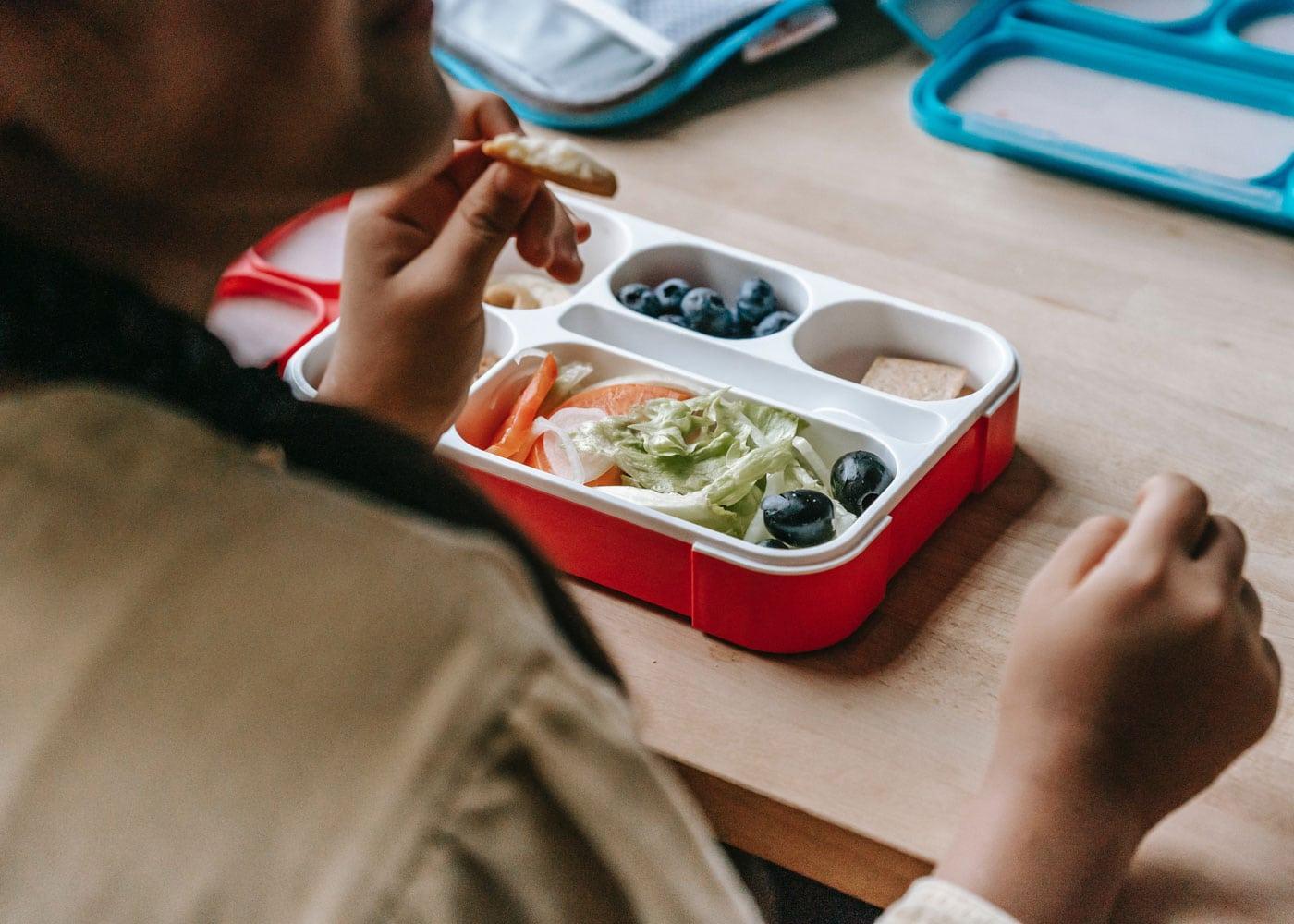 Vegetarische Kost für Kinder und Teenager: Brotdose // HIMBEER