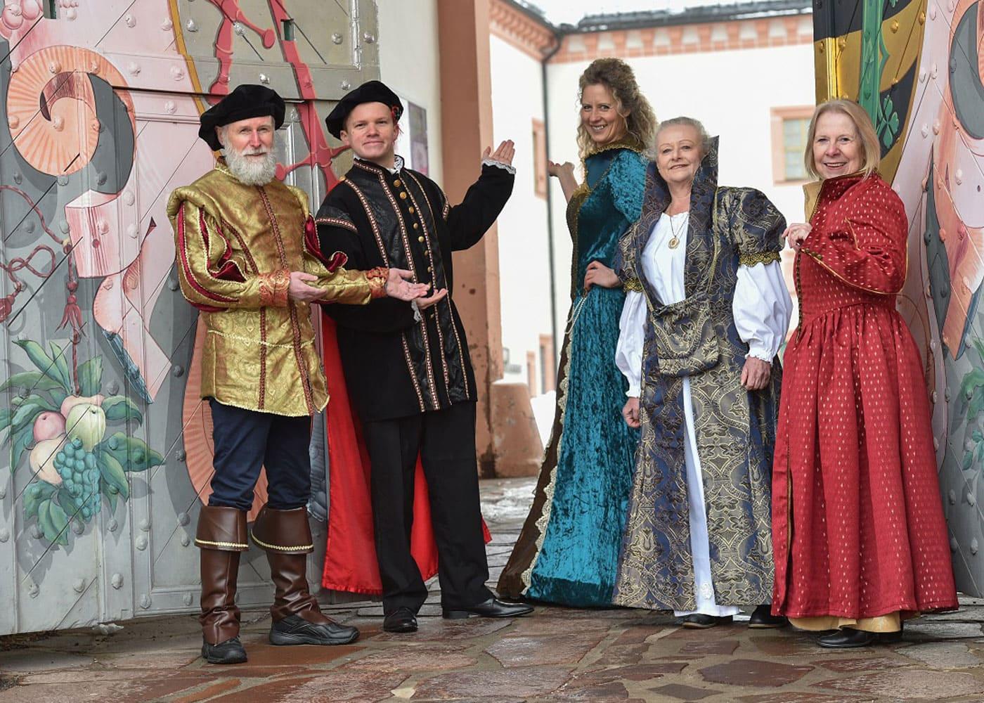 Schlossführungen für Kinder auf Schloss Augustusburg im Erzgebirge // HIMBEER