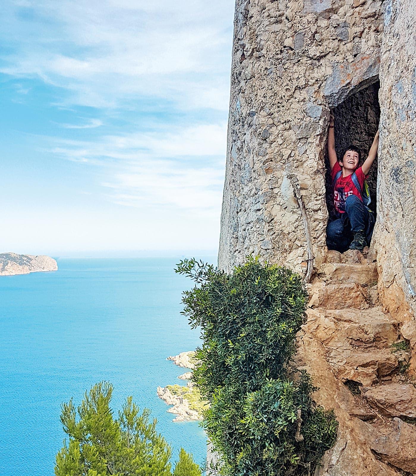 Den Sommer mit Kindern auf Mallorca verlängern: Penya de Migdia // HIMBEER