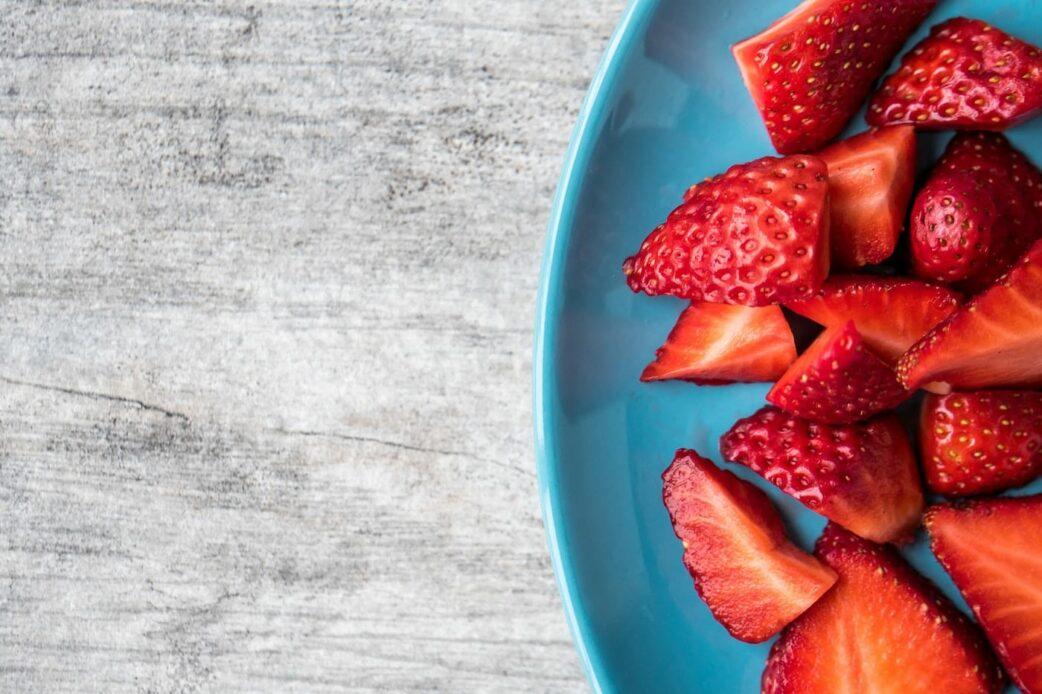 Erdbeeren für den Knusperquark // HIMBEER