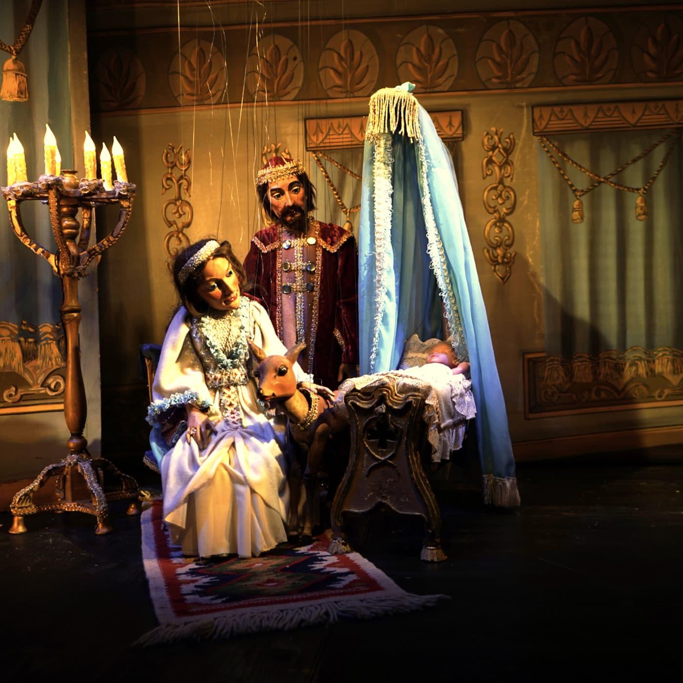 Das Marionettentheater für Kinder mit dem Stück Brüderchen und Schwesterchen // HIMBEER