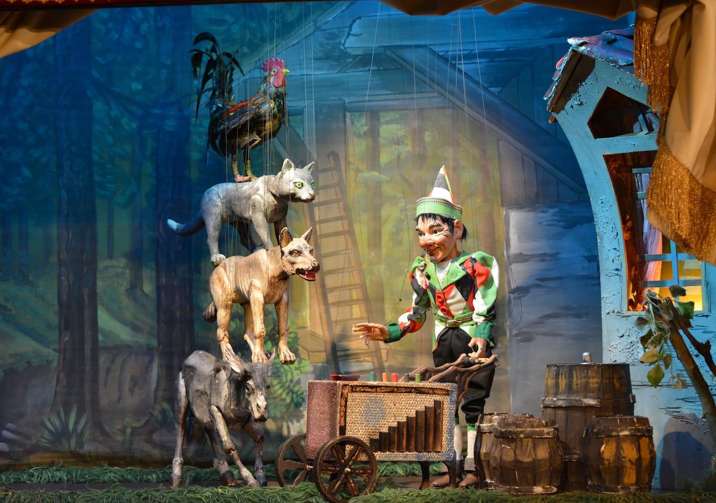 Die Bremer Stadtmusikanten Märchen für Kinder im Marionettentheater Bille // HIMBEER