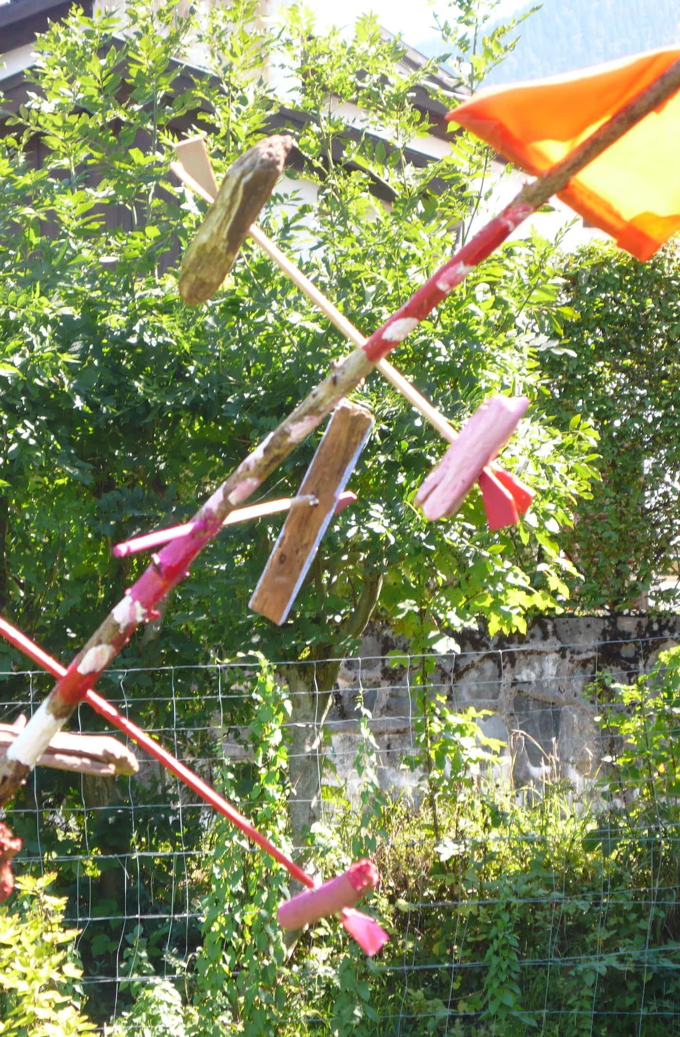 Kinder werden kreativ im Franz Marc Museum München und bauen Windspiele // HIMBEER
