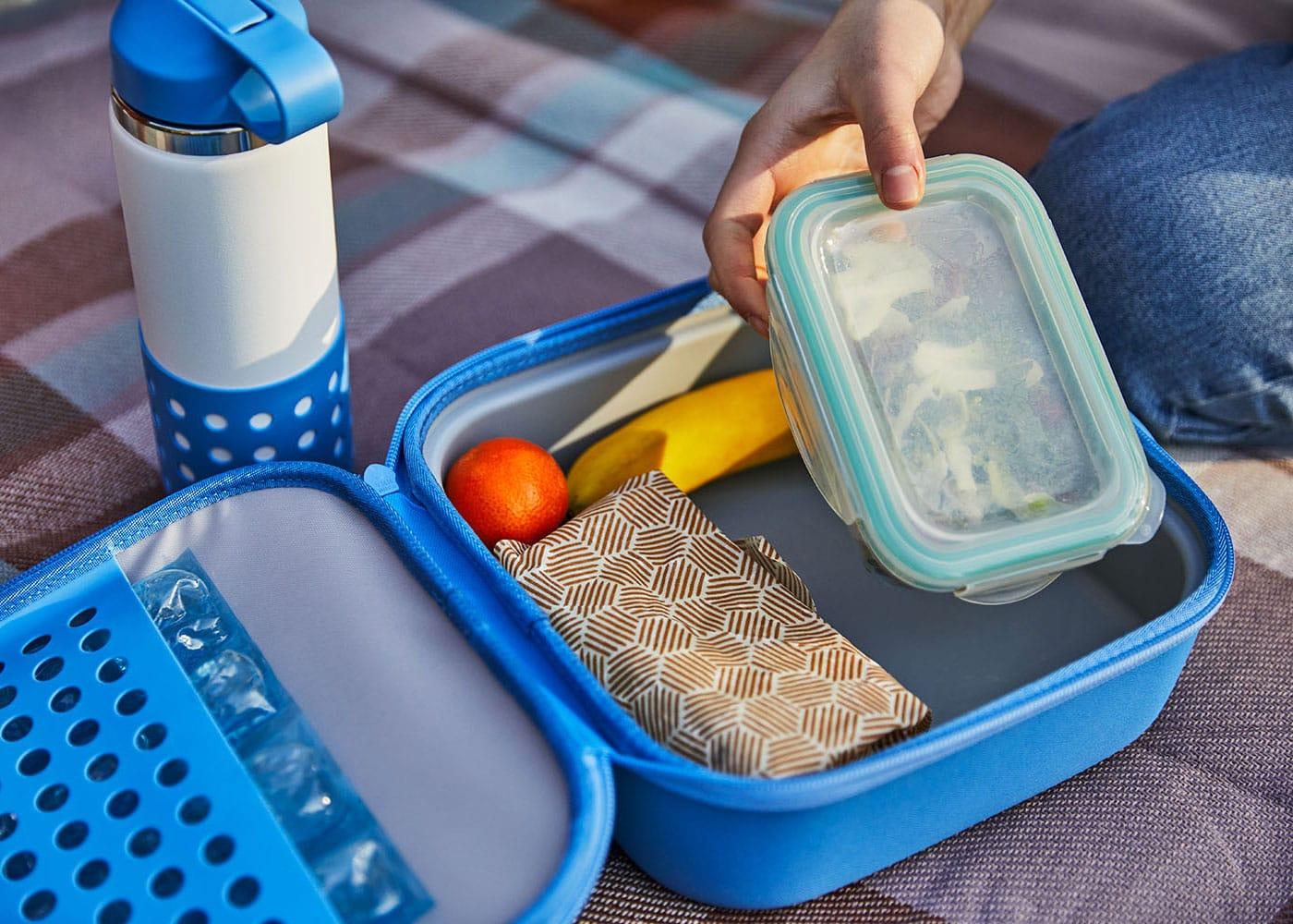 Gute Ausrüstung und die besten Spots zum Picknicken mit Kindern in München // HIMBEER