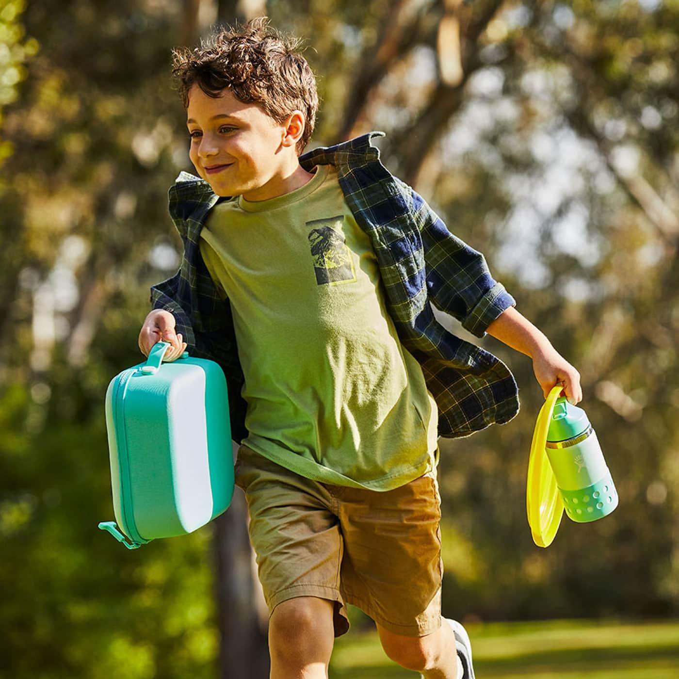 Robust und auslaufsicher: Lunchboxen und Trinkflaschen von Hydro Flask // HIMBEER