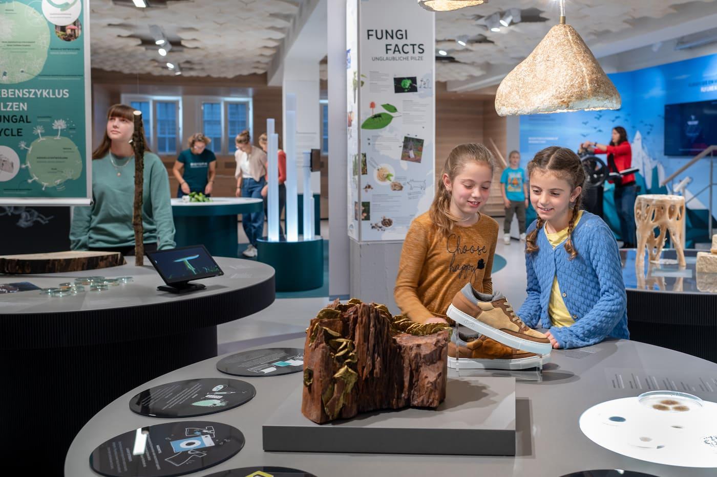 Sommerferien Programm für Kinder: Workshops im BIOTOPIA Lab in München // HIMBEER