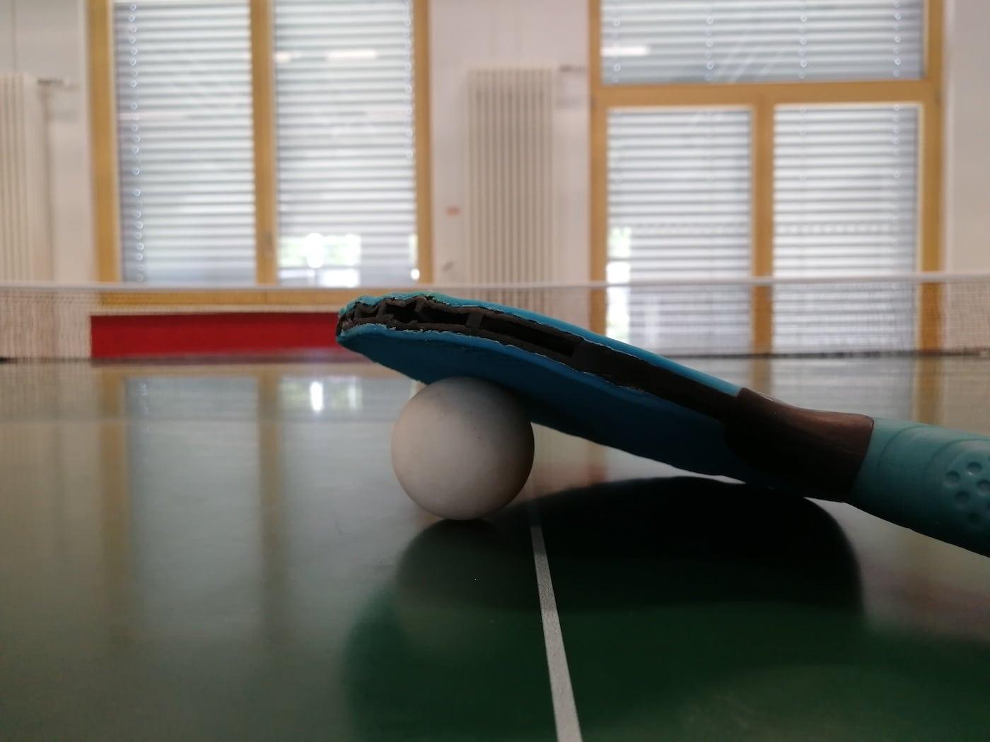 Im Feierwerk Trafixx dürft ih mit Freunden Tischtennis spielen // HIMBEER