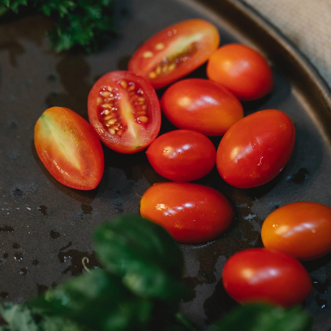 Rezept mit Tomaten: Gnocchi Caprese // HIMBEER
