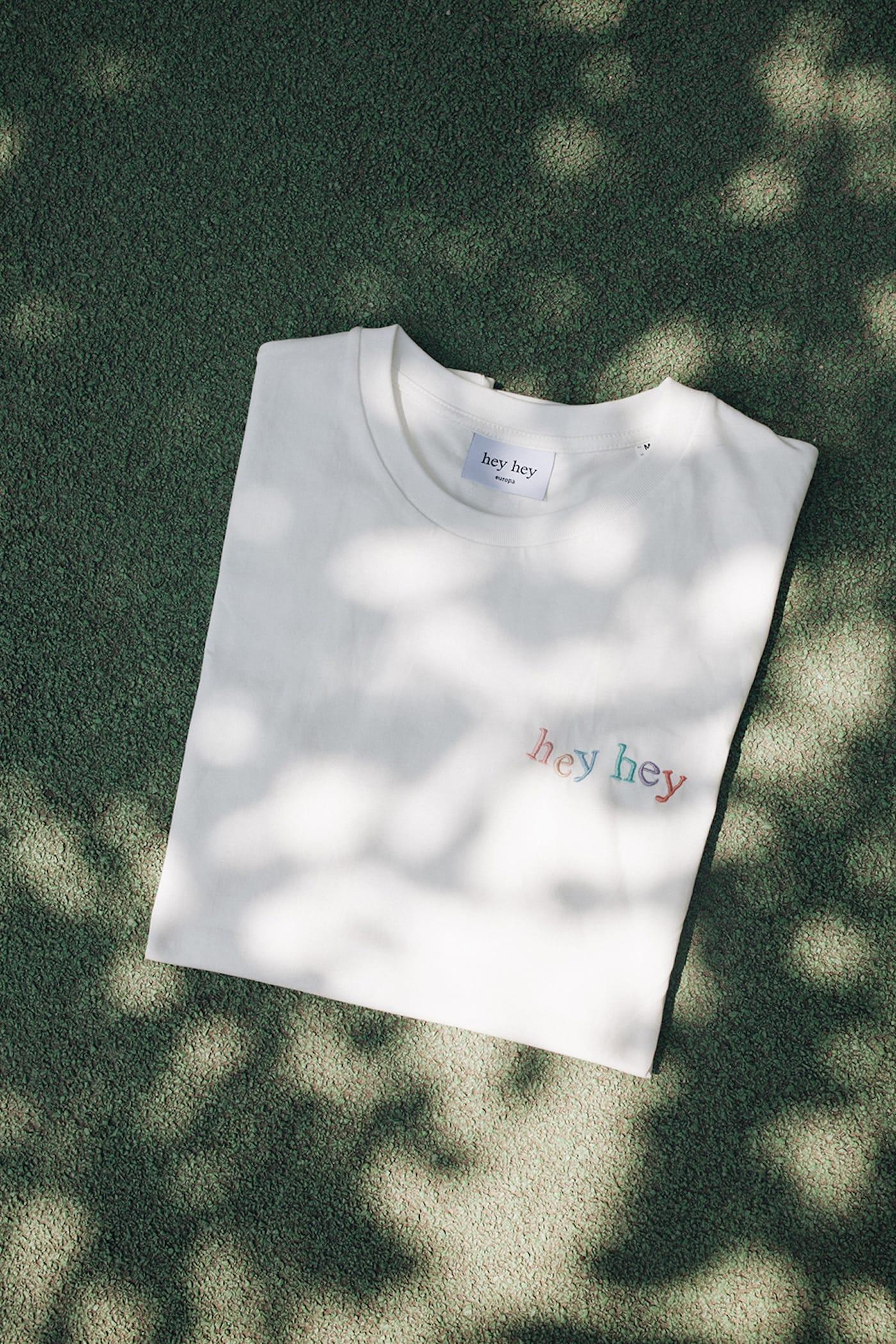 T-Shirts plus Nachhaltigkeit und Design GOTS zertifiziert// HIMBEER